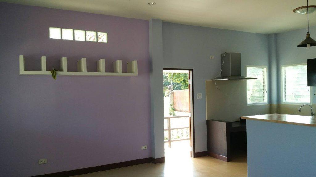 บ้านชั้นเดียวสไตล์ร่วมสมัย โทนสีเทาสวยงาม ด้วยงบก่อสร้างไม่เกิน 1,000,000 บาท