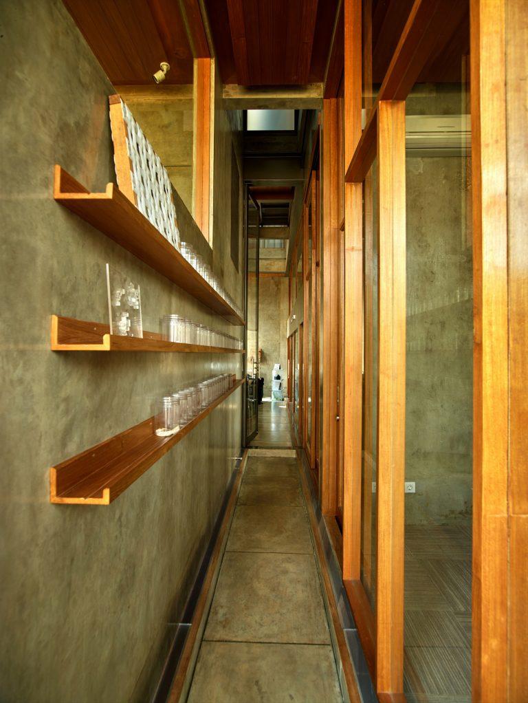 บ้านสถาปนิก มันก็จะว้าวเบอร์นี้! โฮมออฟฟิศ รูปทรงเรขาคณิต วิถีลอฟท์อย่างแตกต่าง