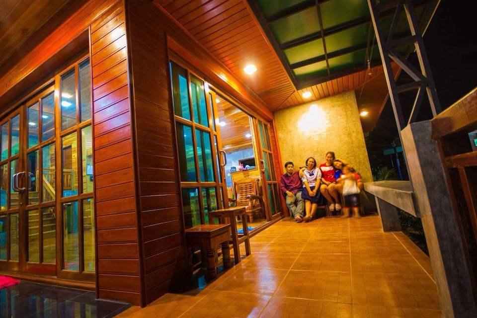 บ้านสองชั้น ที่สุดของการผสมผสานระหว่างไทยและอินเตอร์ที่คุณไม่ควรพลาด